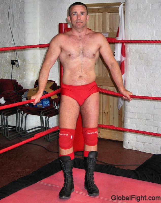 hunky gay wrestlers.jpg