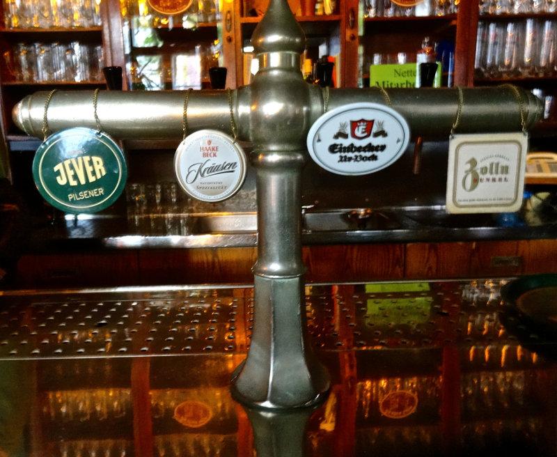 Lübeck, beers on tap, Im Alten Zolln