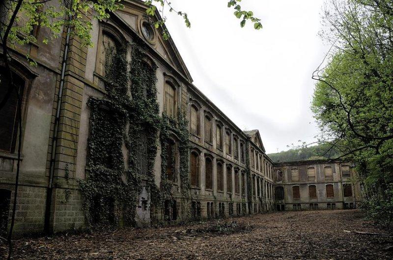 Chateau des De Wendel et Grands-Bureaux - Hayange