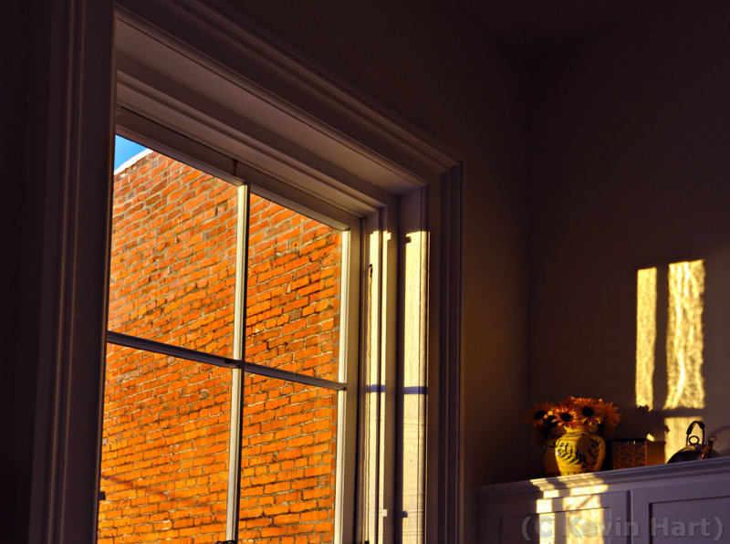 WINDOW LIGHT_tn.jpg