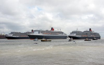CUNARD'S QUEENS ON THE MERSEY...