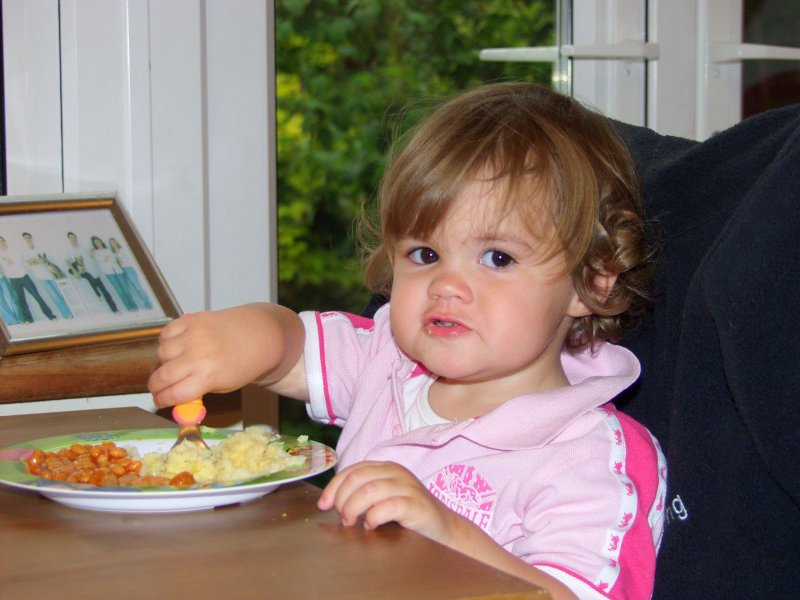 sophia eating.jpg