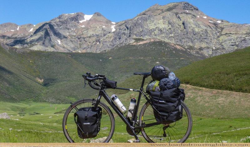 454    Pedro touring Spain - Specialized Tricross touring bike