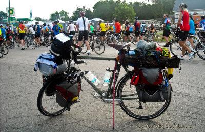 447    Dale touring Iowa - Surly Long Haul Trucker touring bike