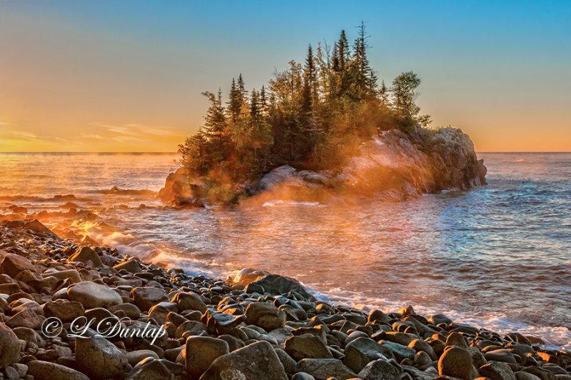 * 108.6 - Lake Superior: Horseshoe Bay Island At Sunrise