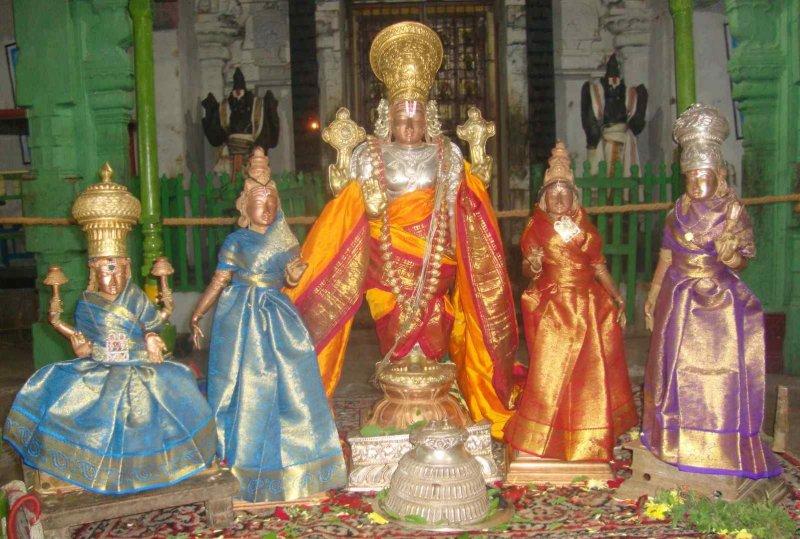 Nandipura viNNagaram naNNu manamE