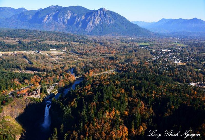 Snoqualmie Falls, Snoqualmie, Mt Si, Washington