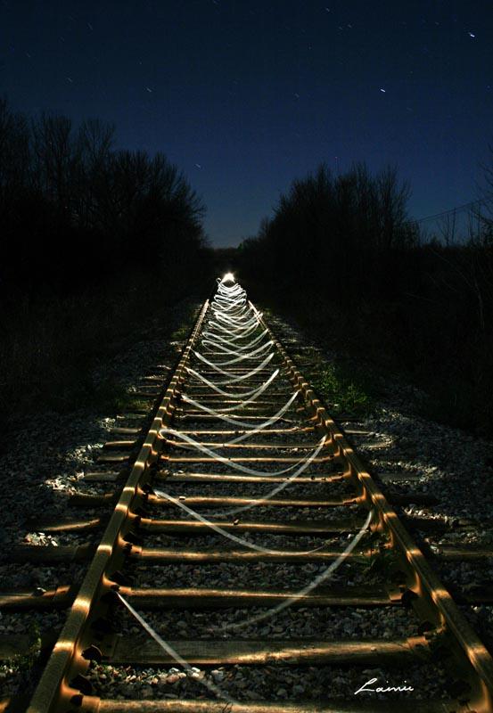 tracks and swirls 9666 light painting