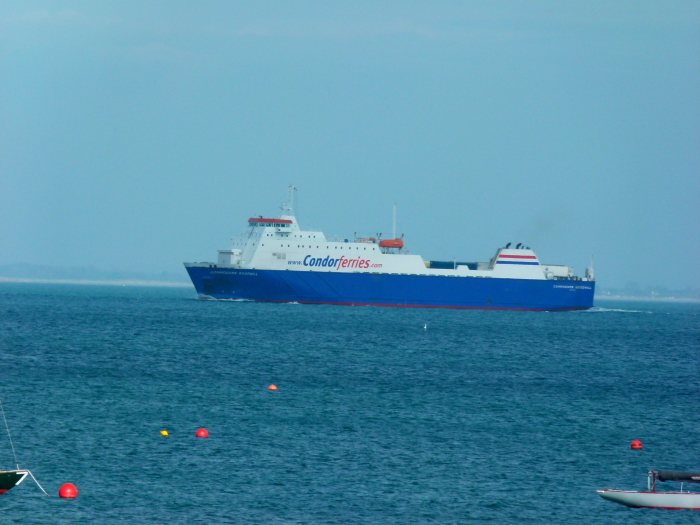COMMODORE GOODWILL - @ Seaview, Isle of Wight (Passing)