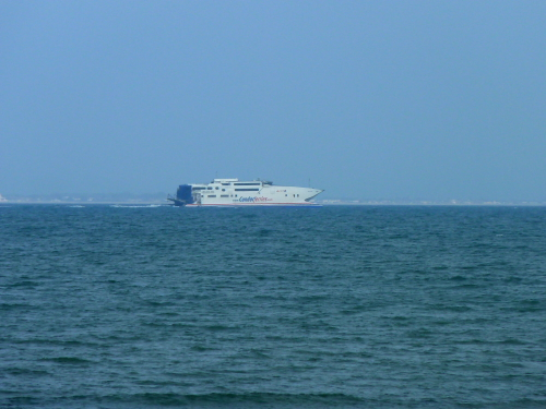 COMMODORE EXPRESS - @ Seaview, Isle of Wight (Passing)