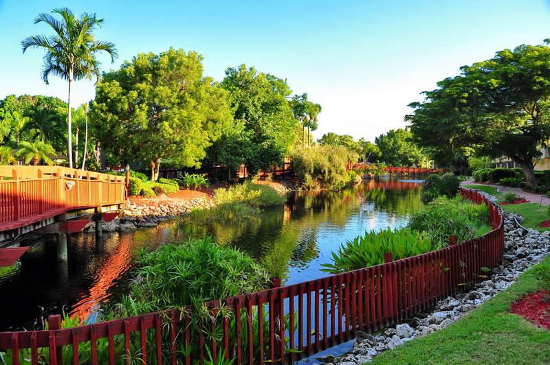 Park Shore Resort_7.JPG