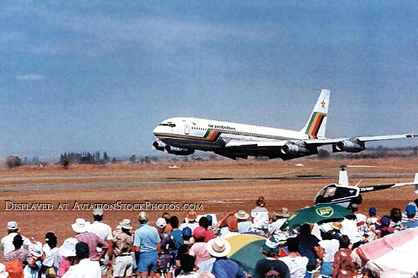 1995 - Air Zimbabwe Boeing 707 in low level high speed pass at Harare air show, Zimbabwe