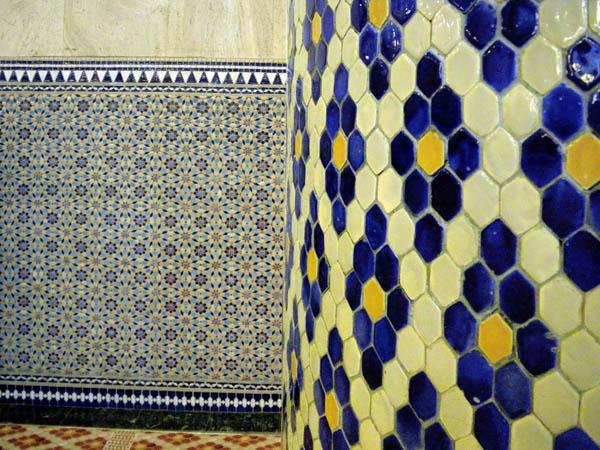 Tiled Wall & Tilled Column