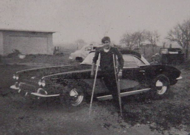 Walter Longtin<br> his 62 Corvette<br> and my crutches