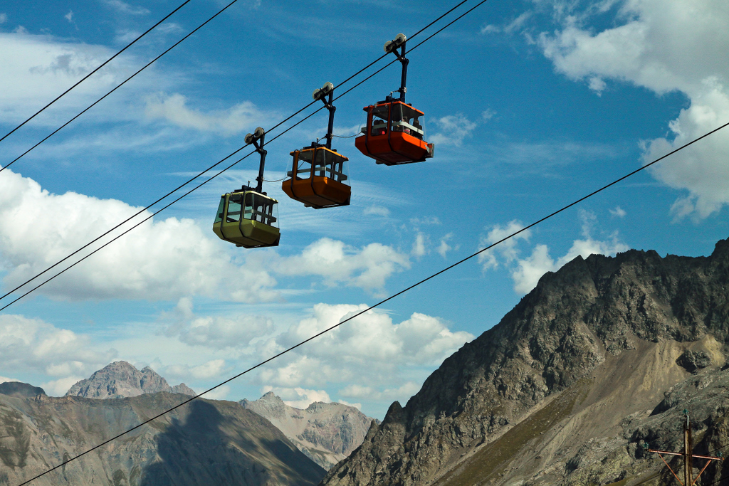 the cable car to the glacier Meije