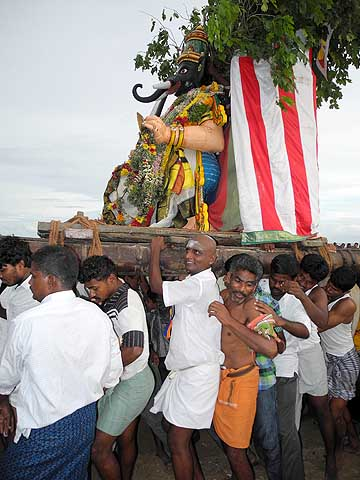 Gajamukha, 1st manifestation of Surapadman, approaches Lord Murugan. Skanda Sashti at Tiruchendur.