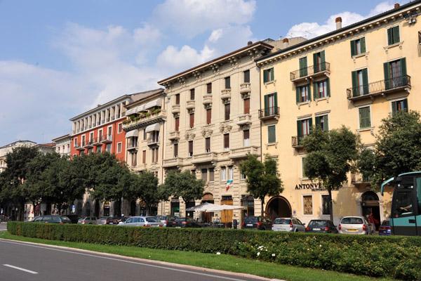Corso Porta Nuova, Verona