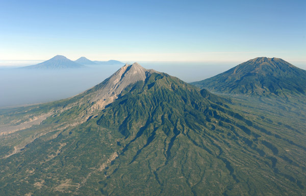 Fly-by of Mt. Merapi, Indonesia
