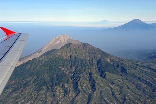 Air Asia over Central Java - Yogyakarta to Singapore