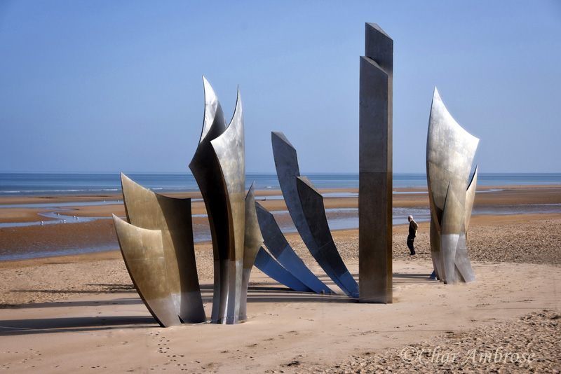 Les Braves Memorial of Omaha Beach