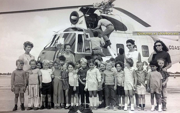 1971 - Mrs. Forners and her kindergarten class from Opa-locka Elementary with a HH-52A Seaguard helicopter at Air Station Miami