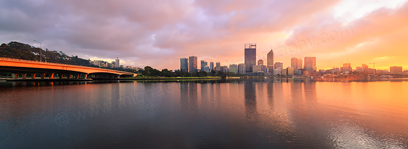 Perth and the Swan River at Sunrise, 9th September 2017