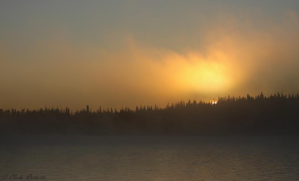 Lever de soleil lac Malbaie, Réserve Faunique des Laurentides 167840119.p2RGPlIe.LacMalbaie_MG_1529