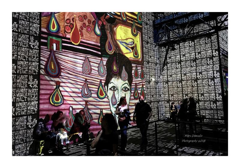 Light Show in lAtelier des Lumières Paris 2018 - 2