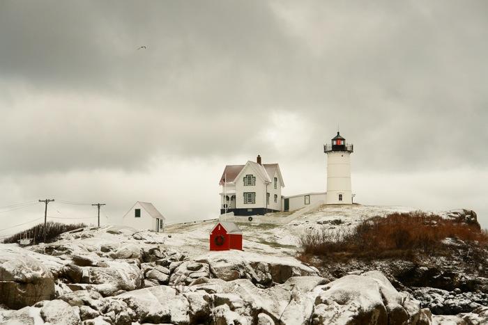 716DSC00964.jpg561 Winter Snow Falls on Nubble Lighthouse York Beach Maine