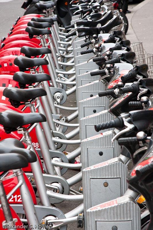 Urban bicycle sharing system