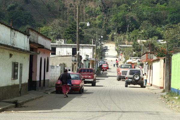 Calle Tipica de la Poblacion