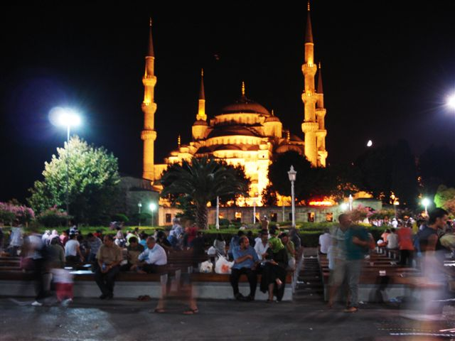 The Blue Mosque under lights 3
