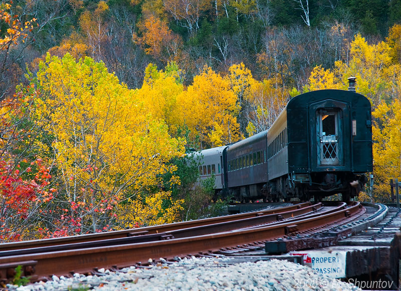 Credit Valley Discovery Train - Say Goodbye to Fall