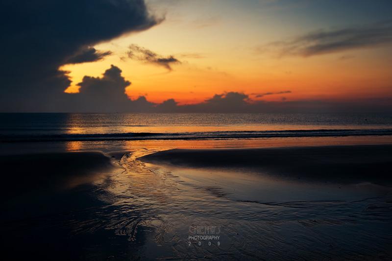 Morning at Teluk Cempedak Beach