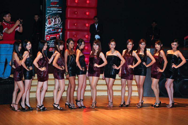Round 1 contestants