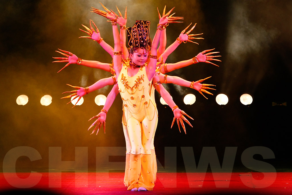 Hands of Buddha, a stage performance Shanghai acrobats