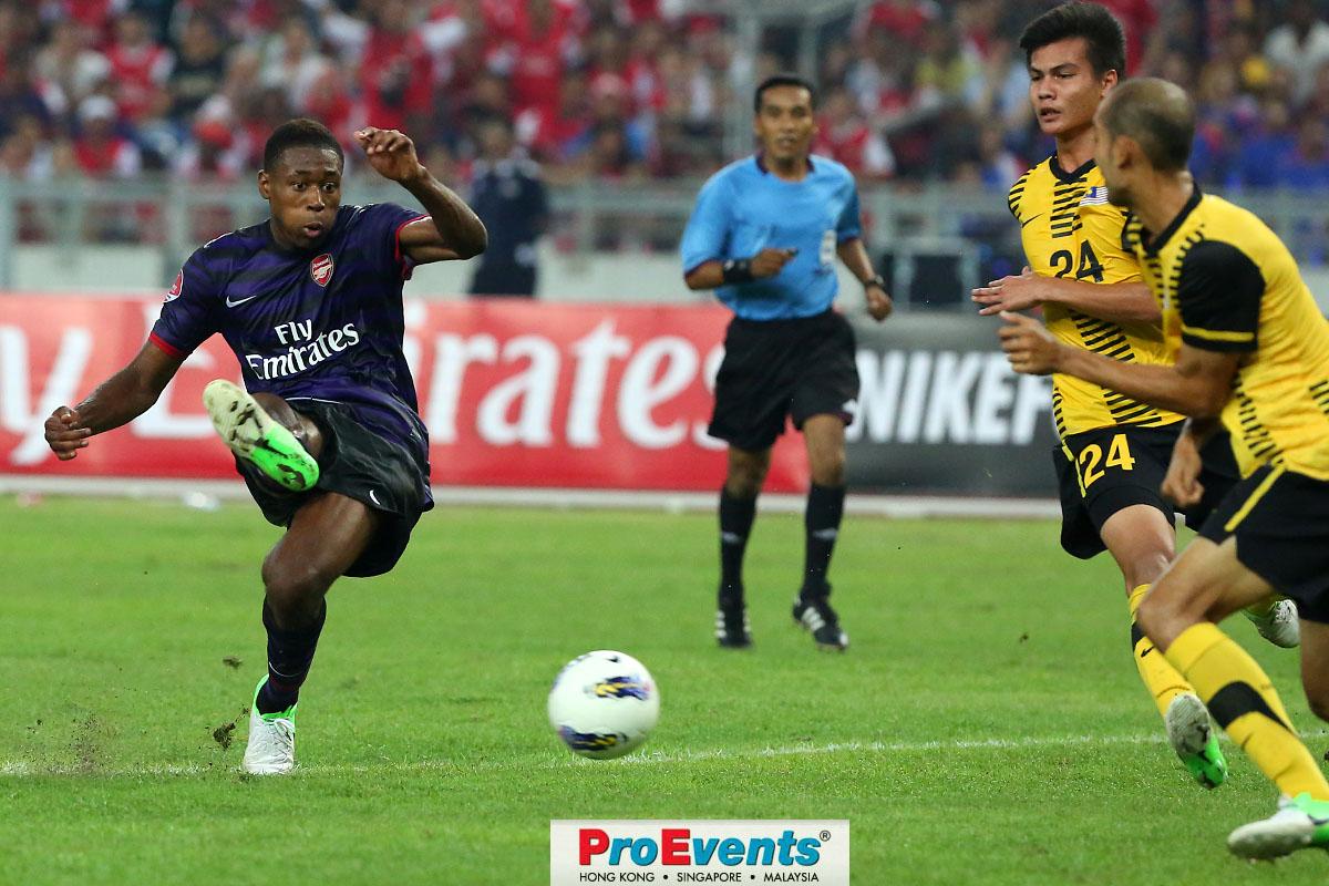 Chuks Aneke scores Arsenals second goal