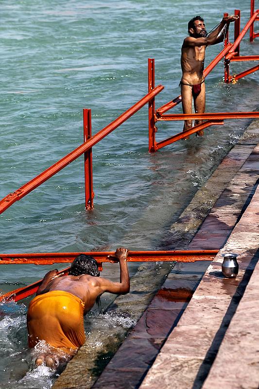 Bless me, O Holy Ganga, purify my soul