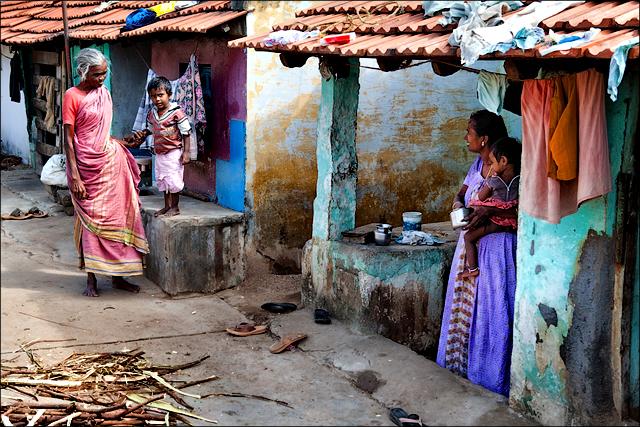தெருவில் வாழ்க்கை • Madurai
