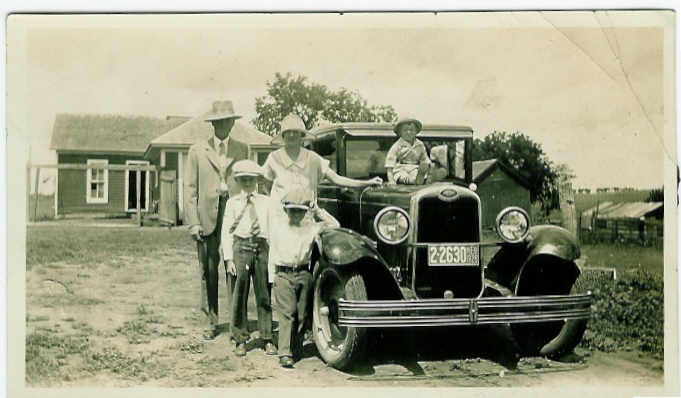 Off to Town, 1926