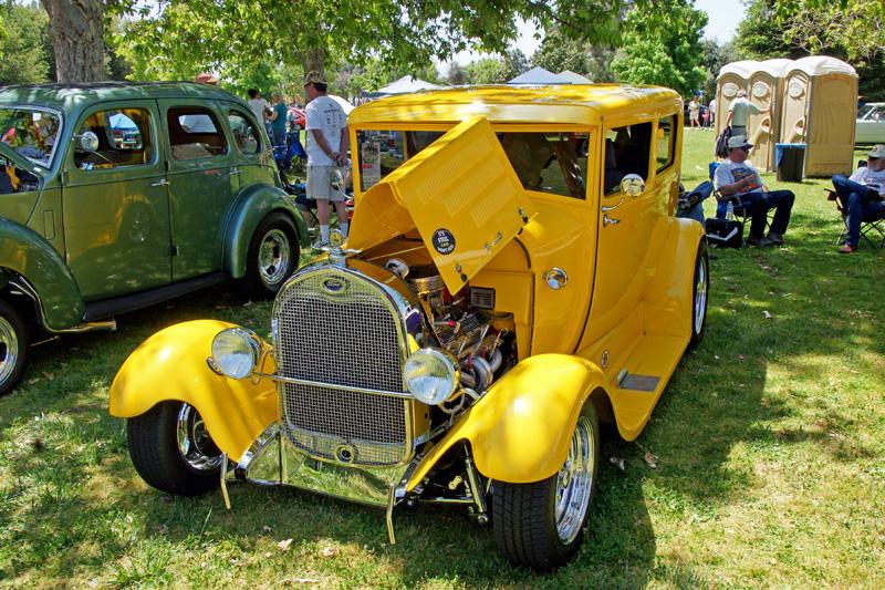 Clovis Car Show 2011 -38.jpg