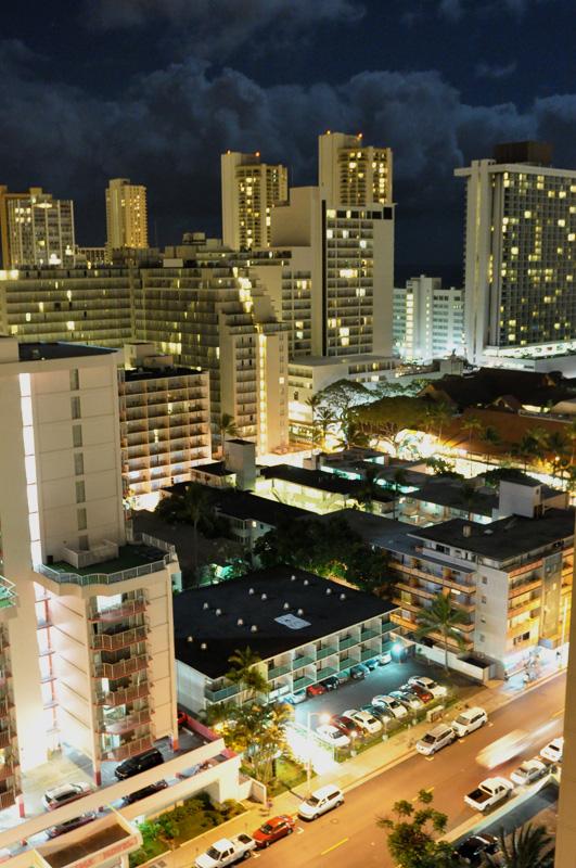Honolulu - at night