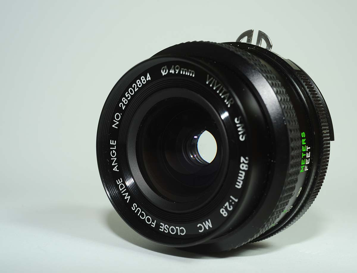 Vivitar 28mm F2.8 close focus