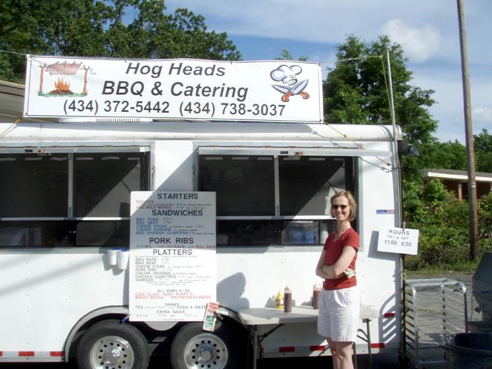 BBQ stand In Clarksville.jpg
