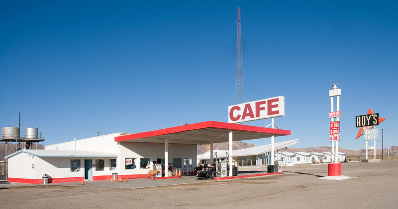 Roys Cafe / Gas