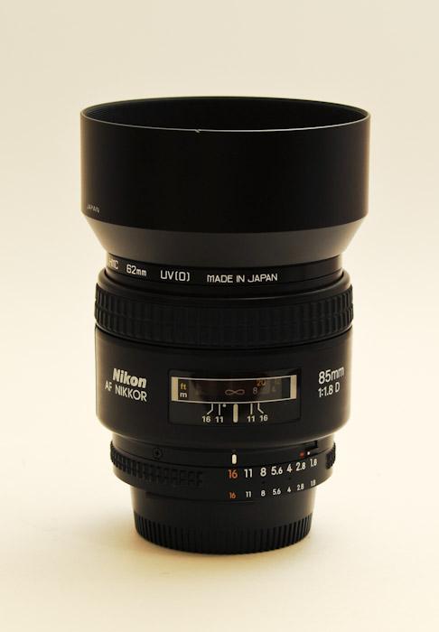 Nikkor 85mm f/1.8D AF
