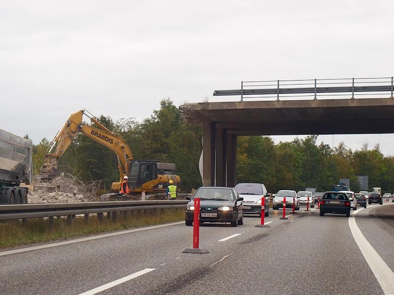 2009-09-26 Half a bridge gone