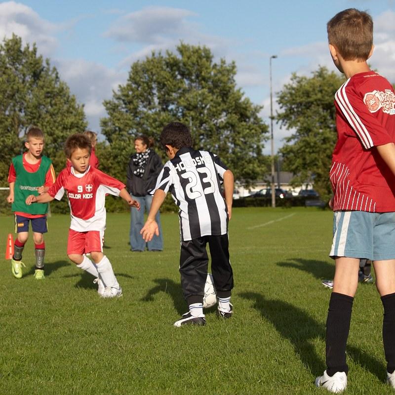 2010-08-25 Football kids
