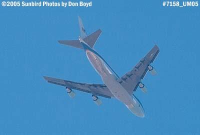 Air Force One over Miami Lakes enroute to Miami International stock photo #7158