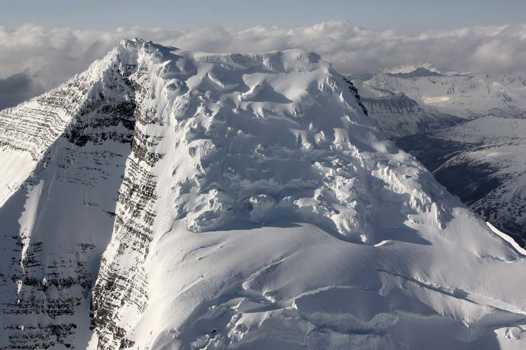 Robson Upper SE/Summit Glacier, View N <br> (Robson051508-_140.jpg)